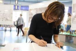 Image de Clotilde Perrin, auteur(e) illustratrice dans son atelier à Strasbourg